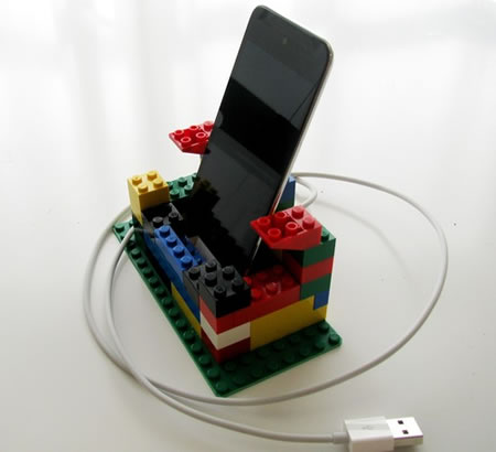 Lego iPod iPhone dock 1