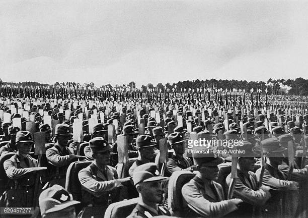german-soldiers-at-the-rally-of-freedom-
