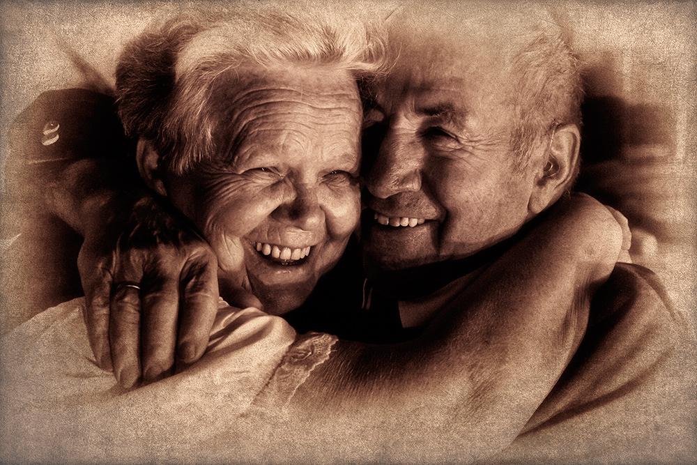 Dashuria e pleqëve Ted849b_Alte-Liebe-rostet-nicht-a27928705