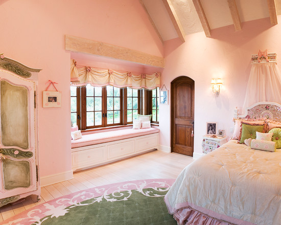 Outstanding-Traditional-Kids-Princess-Ca
