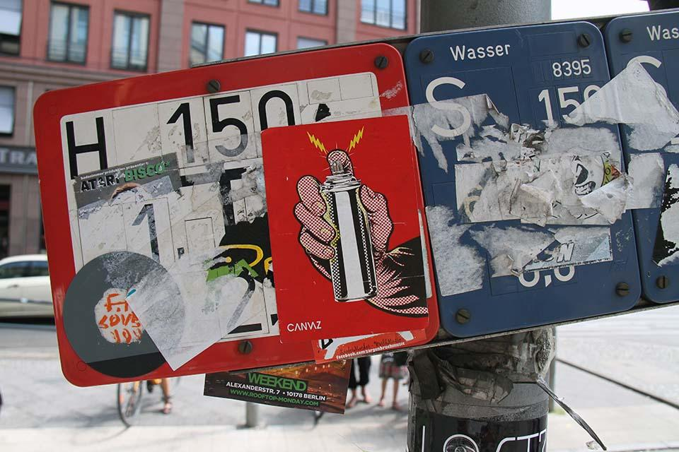 Street-Art-Sticker-4