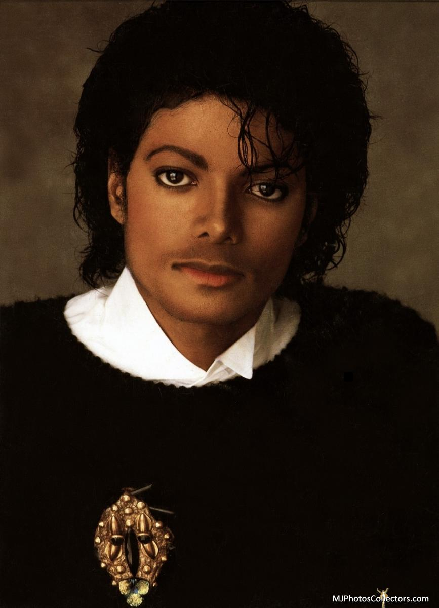 thAgcKr Victory-Black-Sweater-1984-michael-jacks
