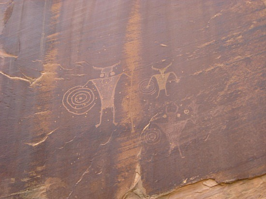 2 1245701314 petroglyphs-in-mill-creek-c