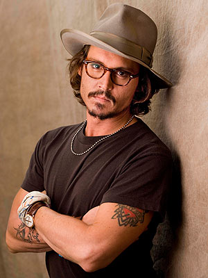 tlTDYEu johnny depp1 300 4001