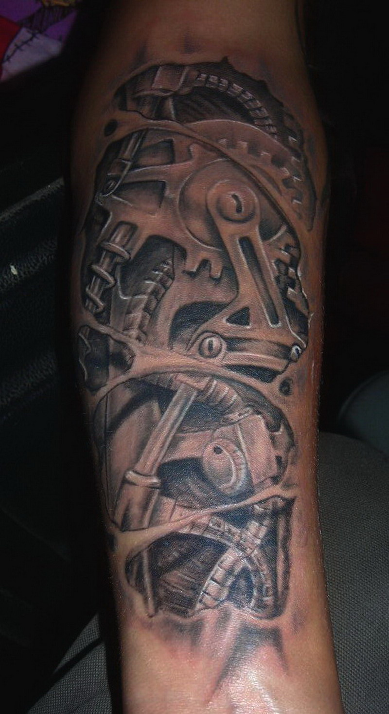 biomechanic tattoos by bertytat2