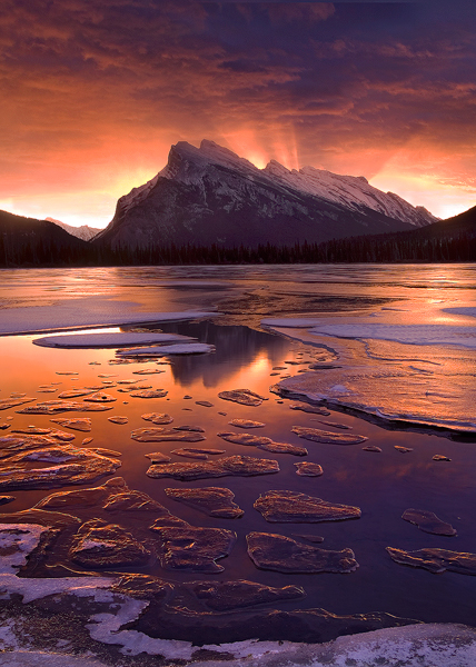 tz6LT9A aKRwrN Ice-Lake-Dawn-Banff-NP-Alberta