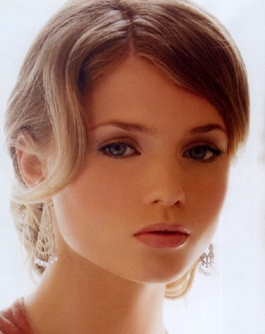 tzlK9i2 6fff5 Cute-short-hairstyles-2