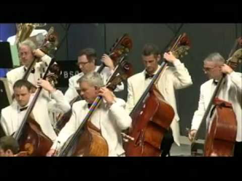 Youtube: John Williams: Theme from Jaws (Boston Pops)