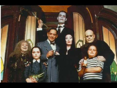 Youtube: Addams Family ost (1991) 1 Deck The Halls-Main Title