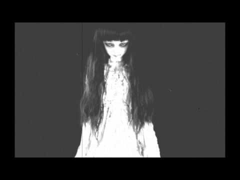 "Youtube: Creepy Horror Song (Music Box, Piano & Simphony) ""Lorelei's Lullaby"""
