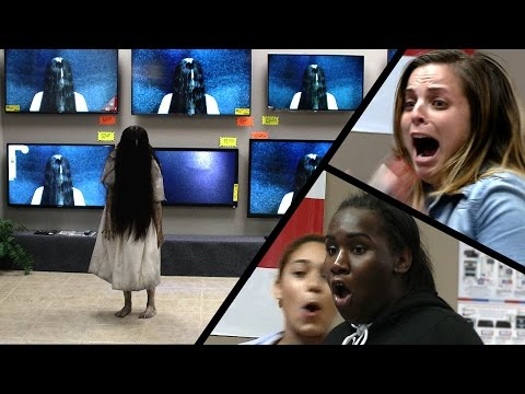 Youtube: Rings (2017) - TV Store Prank