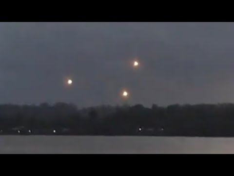 Youtube: UFO Sighting - Strange Lights Spotted Hovering Over Brazil | Video